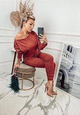 Conjunto confortável Melina em lãzinha com calça e blusa na cor terracota