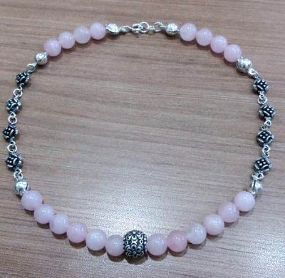 COLAR CHOCKER QUARTZO ROSA NATURAL BEADS FLOWER