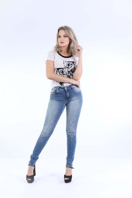 T-SHIRT CASUAL TULE FLOCADO - BRANCO