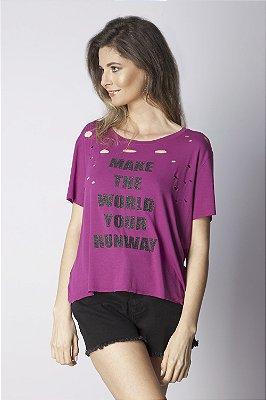 T-Shirt Bana Bana com Cortes a Laser Roxo