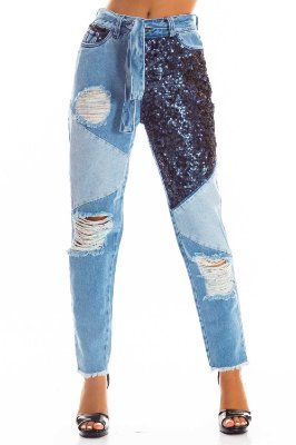Calça Jeans Bana Bana Mom Fit com Recortes e Paetê