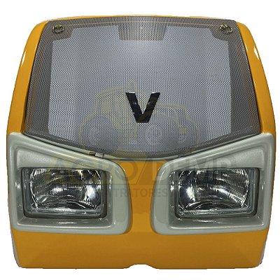 MASCARA FRONTAL DO RADIADOR COMPLETA (COM GRADE, EMBLEMA E FAROL) VALTRA A650 / A750 / A850 / A950 G1 - 85901500