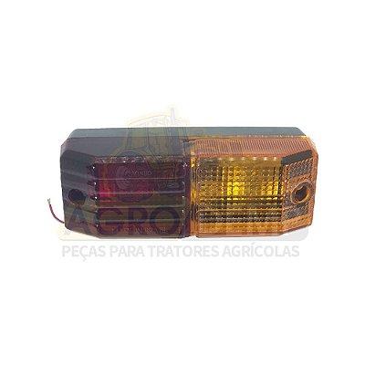 LANTERNA TRASEIRA DE FREIO (VERMELHO/AMBAR) VALTRA - 600 / 700 / 800 / 880 / 885 / 900 / 980 / 985 -  BL77 / BL88 -  BH140 / BH160 / BH180 G1 -  BM85 / BM100 / BM110 / BM120 / BM125 - 31540600