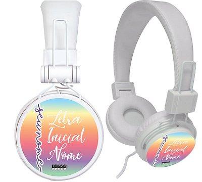 fone de ouvido personalizado - letra inicial nome fundo arco iris