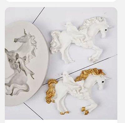 Molde Cavalo com flores 0429