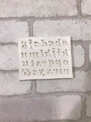 Alfabeto em miniatura Imp. 410