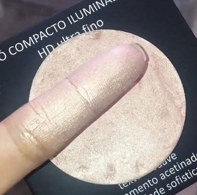 PÓ COMPACTO ILUMINADOR TRACTA
