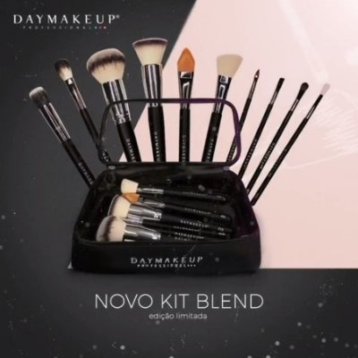 KIT DE PINCEIS BLEND COM 10 UNIDADES DAYMAKEUP