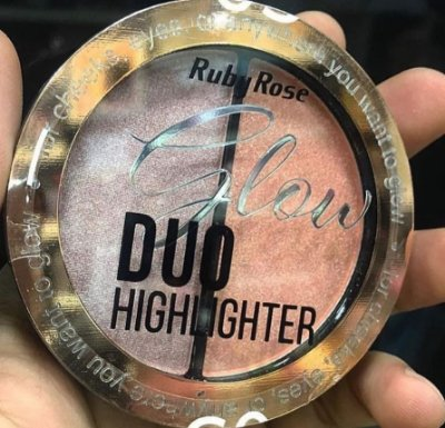 GLOW DUO HIGHLIGHTER RUBY ROSE