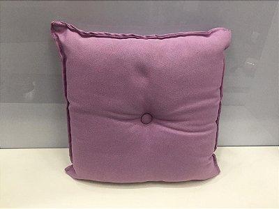 Almofada com Botão Lilás 35 cm x 35 cm