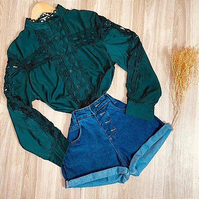 Camisa com Detalhes em Guipir Ligia Verde