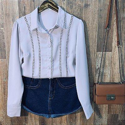 Camisa com Detalhe em Guipir Dayane Rosê