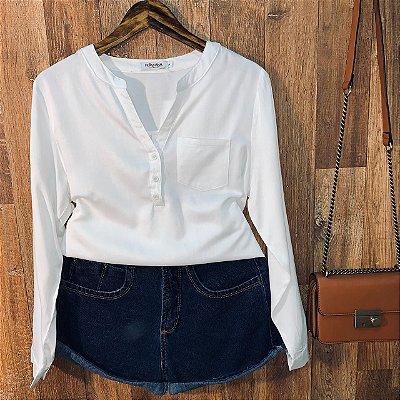 Camisa com Decote Dayane White