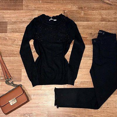 Blusa Tricot Modal com Texturas e Pérolas Milão Preto