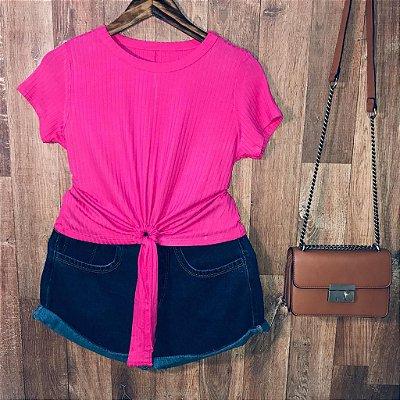 Blusa Cropped Canelada com Detalhe Pink