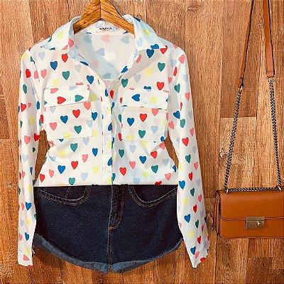 Camisa Corações Coloridos Sarah White