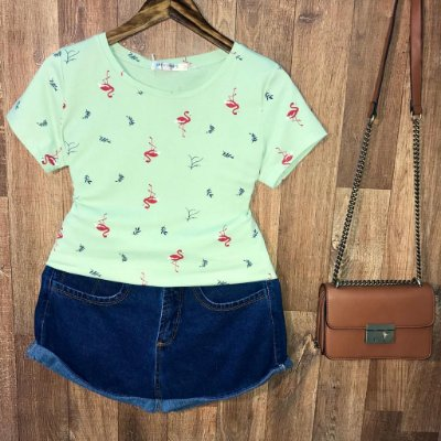 T-shirt Fashion Flamingos Estampa Dupla Verde Claro