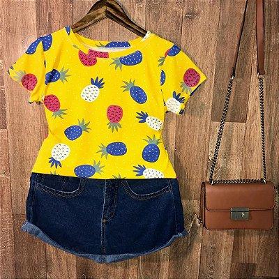 T-shirt Fashion Abacaxi Poá Estampa Dupla Amarela