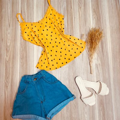 Blusa de Alcinha Luana Corações Amarela