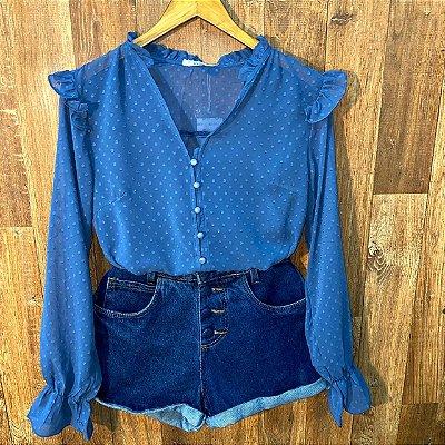 Camisa Chiffon Botões Encapados e Elástico no Punho Azul