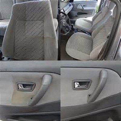 Carro (Modelo Hatch) Limpeza Interna e Higienização