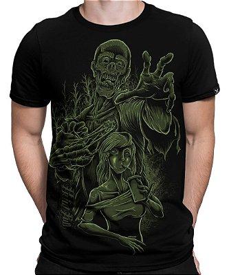 Camiseta Printfull Zombie Need Love
