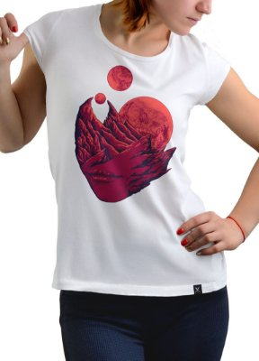 Camiseta Printfull Sinking Of Delusion - feminina