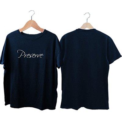 Camiseta Zen Co Preserve escrita na frente