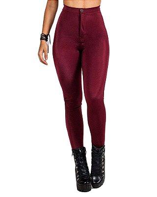 Calça Disco Hot Pants Cintura Alta Brilho Botão Vinho/Marsala