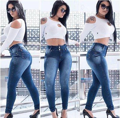 Calça jeans escuro com elastano