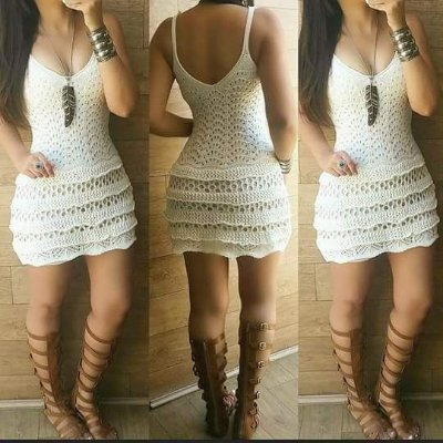 Vestido curto de trico babadinho