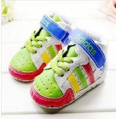 Tênis infantil Adidas Primeiros Passos color