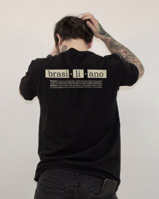 Camiseta Preta Regular Brasiliano / Drop III