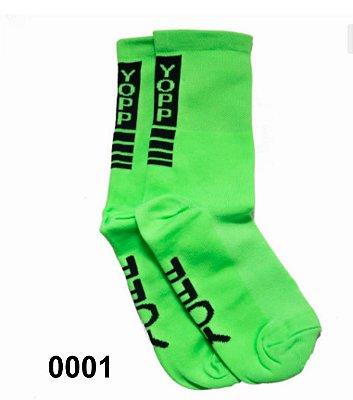 meias esportivas cano médio