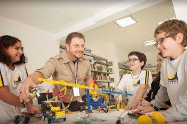 10/08/17 WORKSHOP Para se tornar um consultor de implantação de robótica escolar