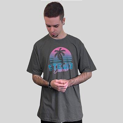 Camiseta Stewie California Chumbo