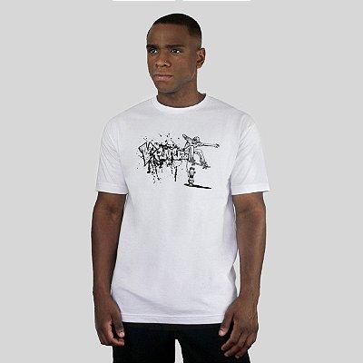 Camiseta Ventura Trouble Jumper Branca