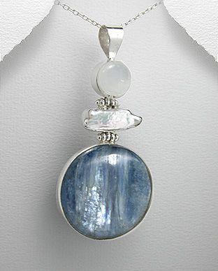 pingente de prata com pedra da lua cianita azul e madrepérola