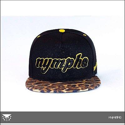 Boné Nympho - Spired