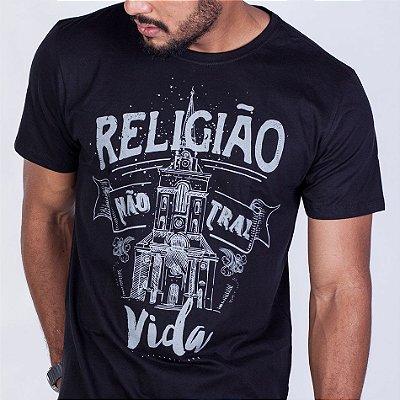 Camiseta Longline Religião não traz vida