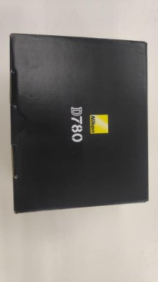 Camera Nikon D780