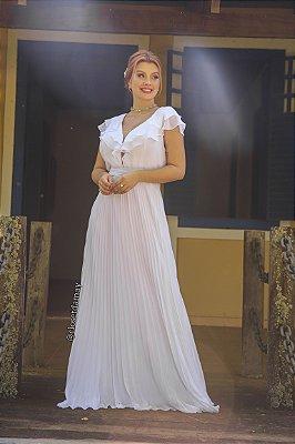 Vestido de noiva longo, com saia plissada, decote em tule e babados no busto