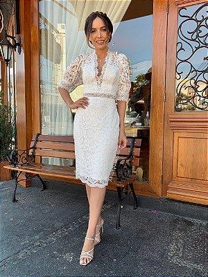 Vestido de noiva midi, com decote V e mangas bufantes