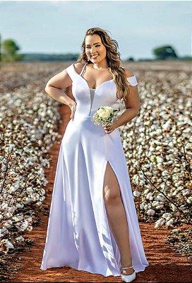 Vestido de noiva plus size, com decote em tule, fenda e manga ombro a ombro