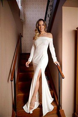 Vestido de noiva sereia, com manga ombro a ombro e fenda