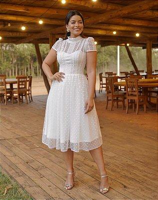 Vestido de noiva lady like em tule de poá e aplicações