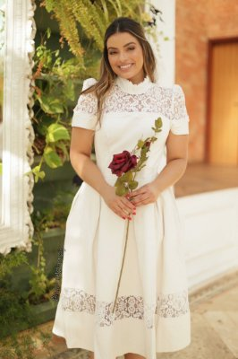 Vestido midi de noiva mix de couro e renda, batizado, pre wedding