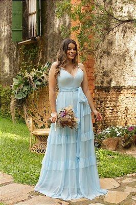 Vestido de festa longo, com camadas em babados na saia. Para madrinhas de casamento, formaturas, aniversários.