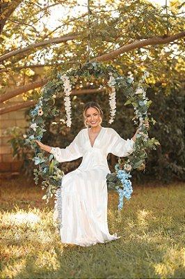 Vestido de casamento listrado branco e off white, casamento civil, longo, noiva