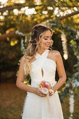 Vestido de noiva longo branco decote cruzado saia plissada, casamento civil, pre wedding, batizado, bodas, aniversário